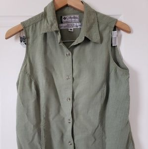 Columbia green plaid sleeveless button down shirt